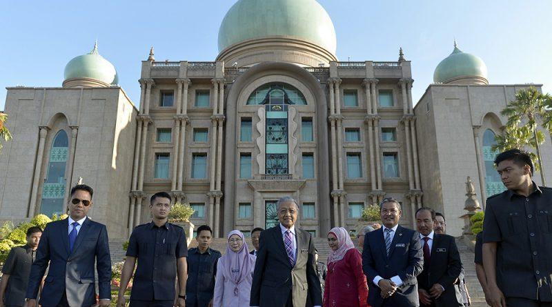 Report: Malaysian civil society was unprepared for regime change